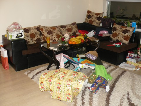 след отварянето на подаръците :)