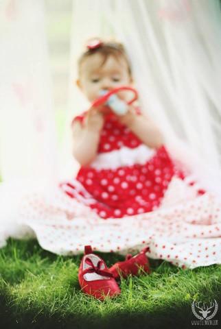 Лятна фотосесия на малката Ани