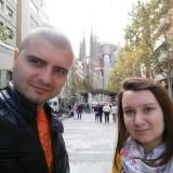 По пътя към Sagrada Familia си направихме и селфи :)