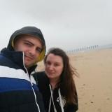 Ние с Геви на плажа на -5 градуса :) Беше си студено!